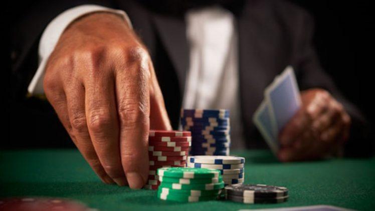 Manajemen Uang di Game Poker Online